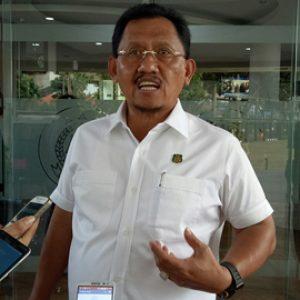 Jampidsus Adi Toegarisman Saat Menjawab Pertanyaan Wartawan Terkait Dugaan Korupsi Dapen Pertamina