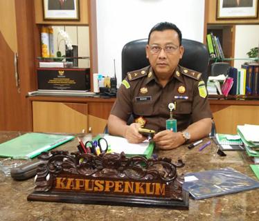 Dr. Mukri, Kepala Pusat Penerangan Hukum Kejaksaan Agung